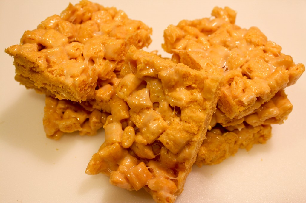 capn crunch krispy treats-4