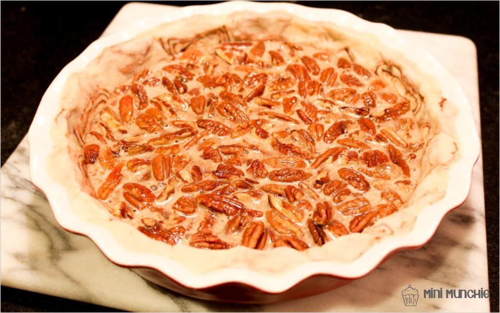 cinnamon bun pecan pie1-3