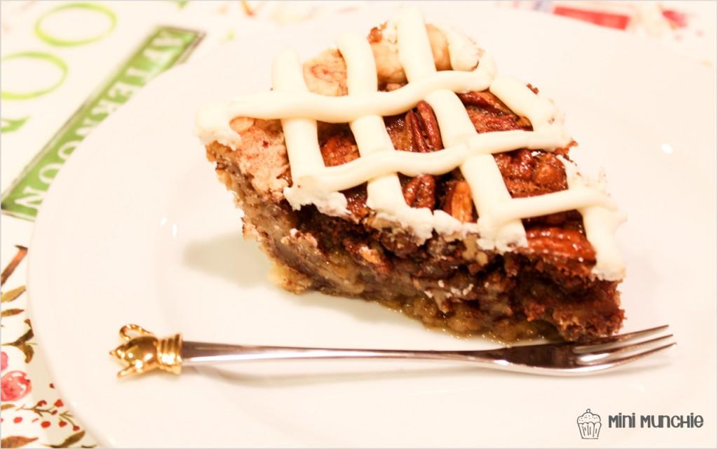 cinnamon bun pecan pie1-8
